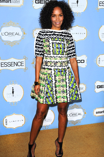 Mara Brock Akil-essence